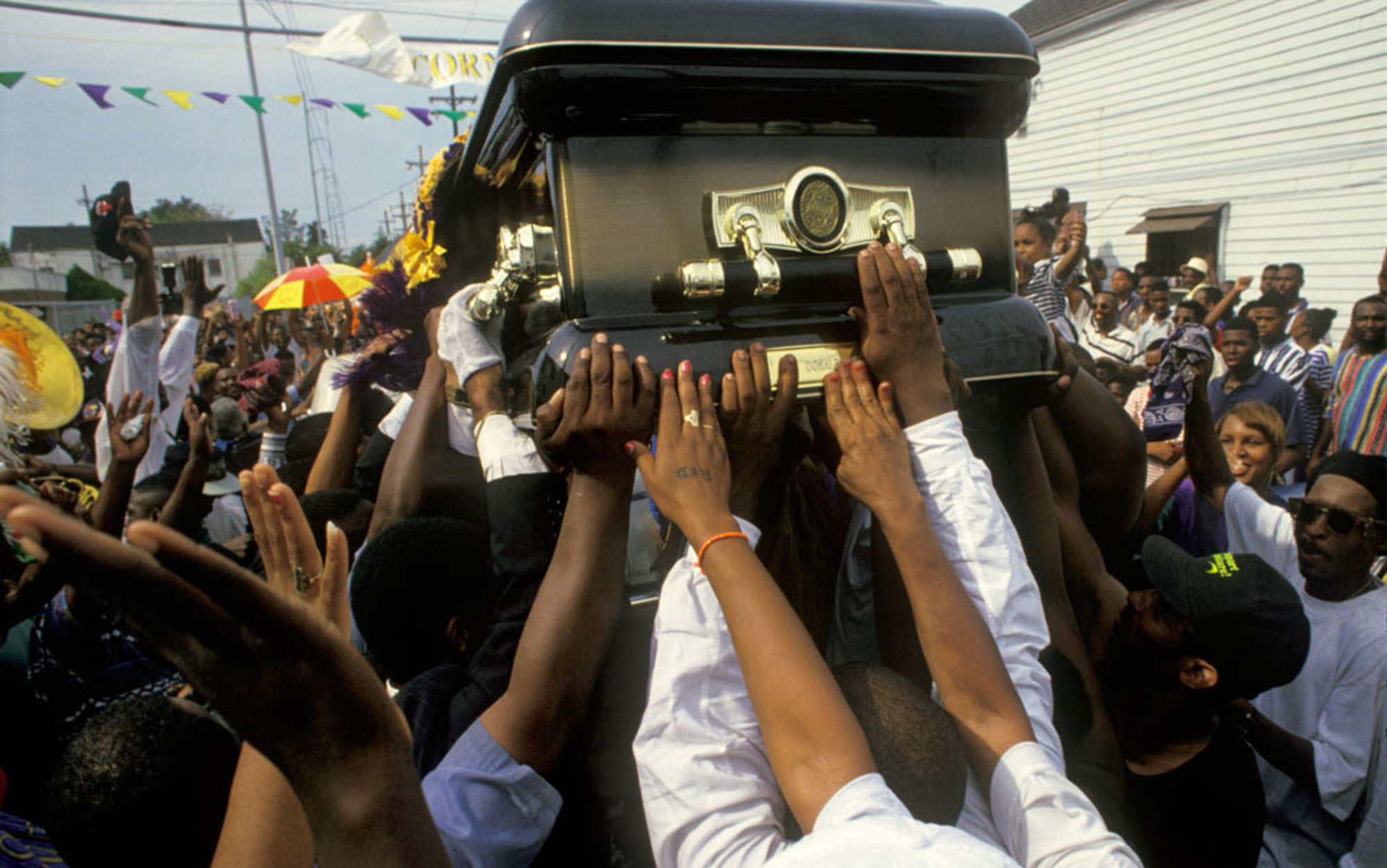 Header funeral and coffin
