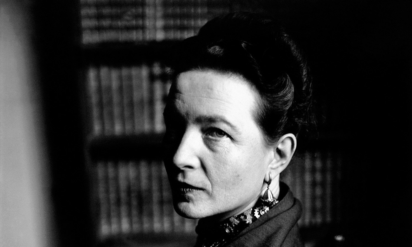 Simone de Beauvoir in Paris in 1949. <em>Elliot Erwitt/Magnum</em>