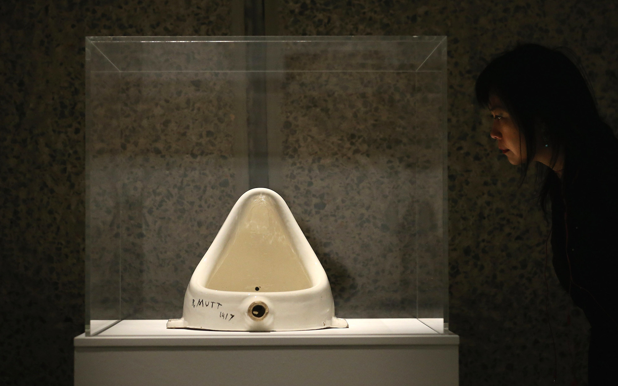 how can duchamp s fountain be both art and not art aeon essays