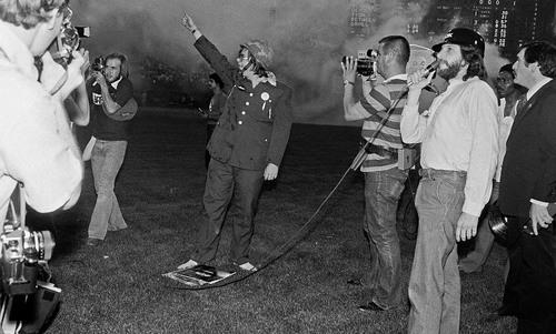 The night when straight white males tried to kill disco | Aeon