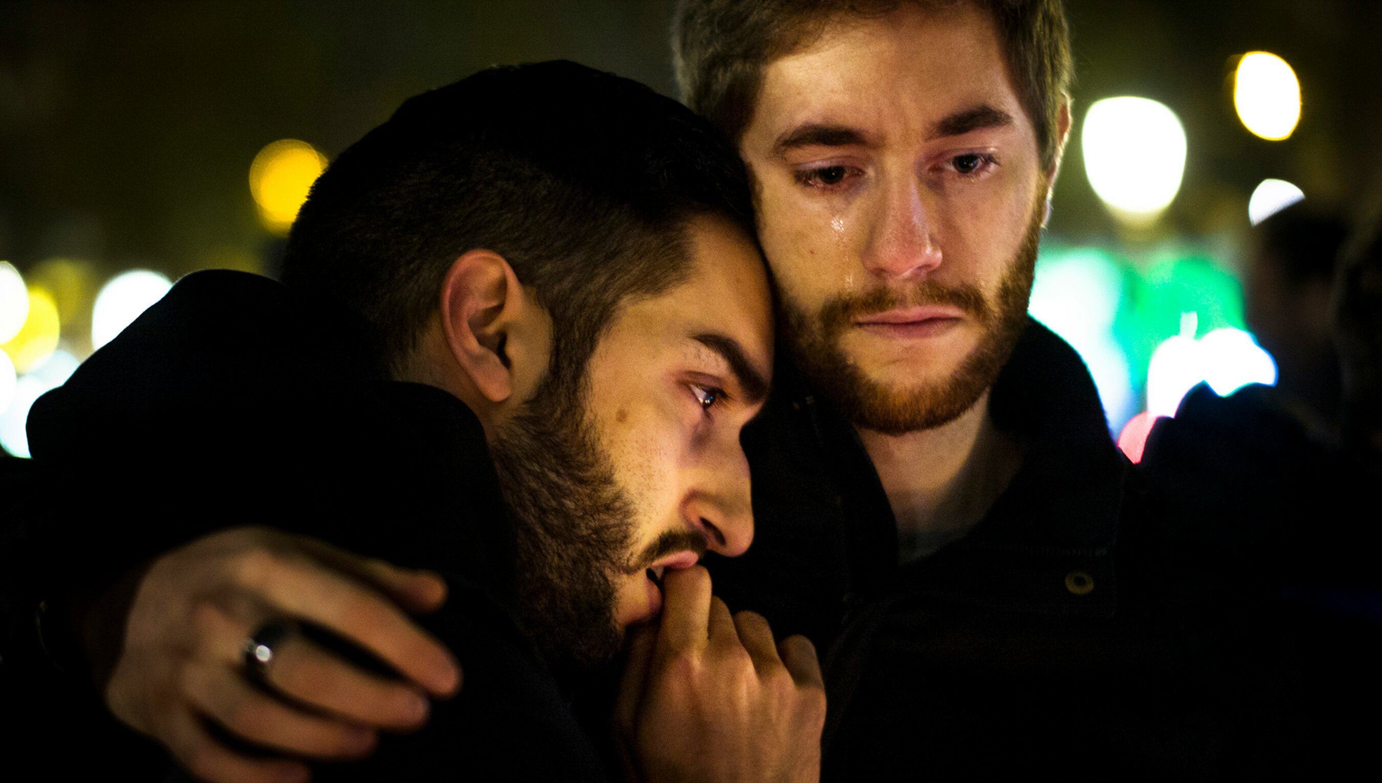 The hug from a stranger that helped me overcome my grief | Psyche
