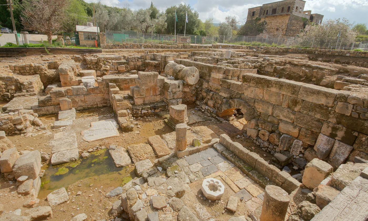 Excavations at Banias <em>Photo by Derek Winterburn/Flickr</em>