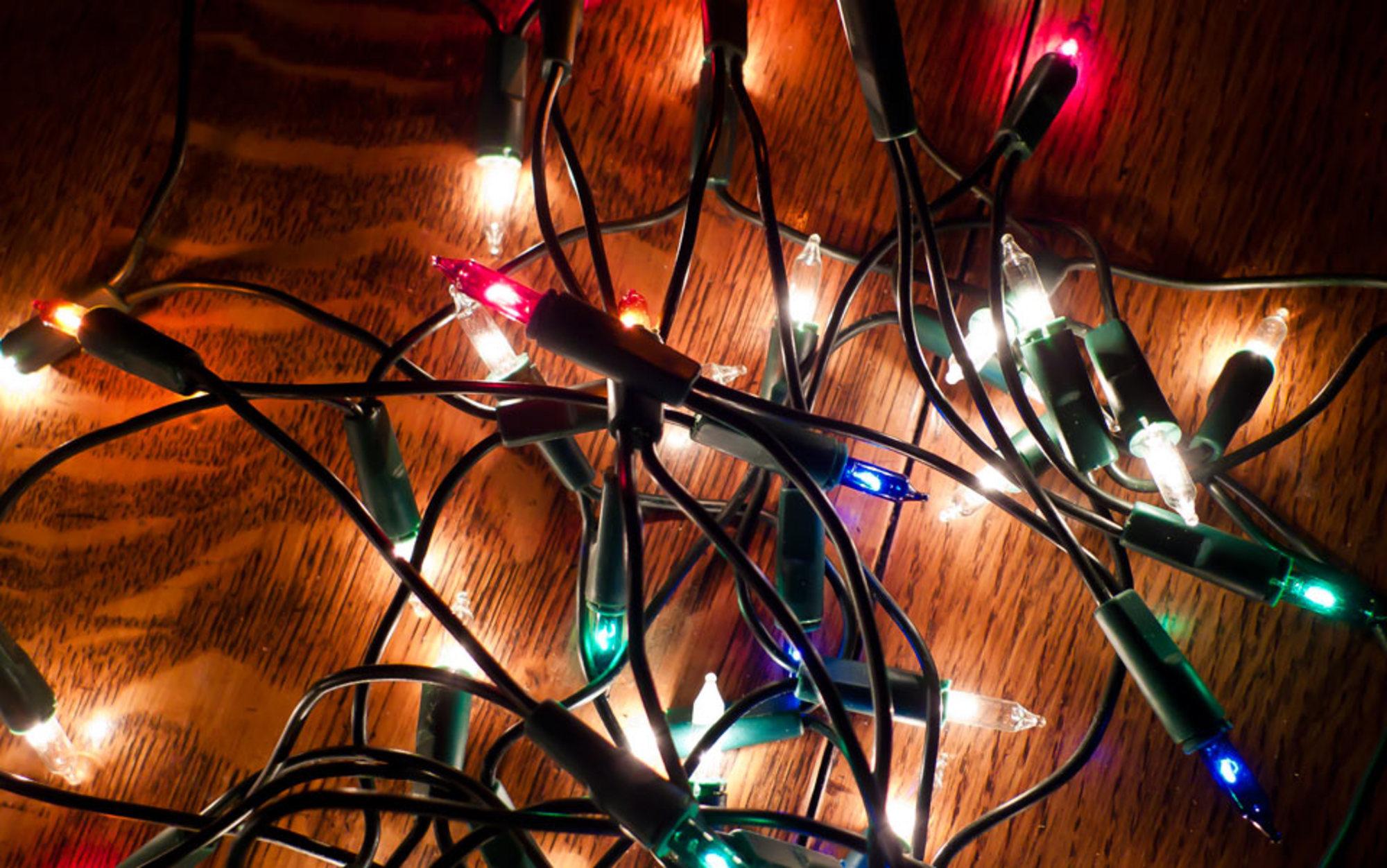 Header knotted lights